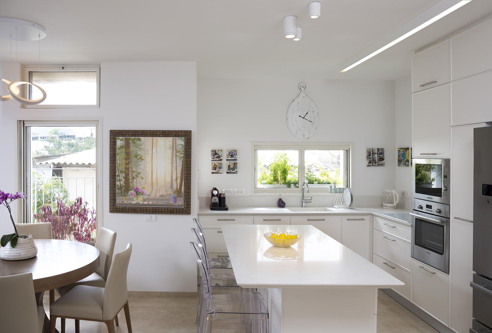 אדריכלות ועיצוב - פינת אוכל ומטבח